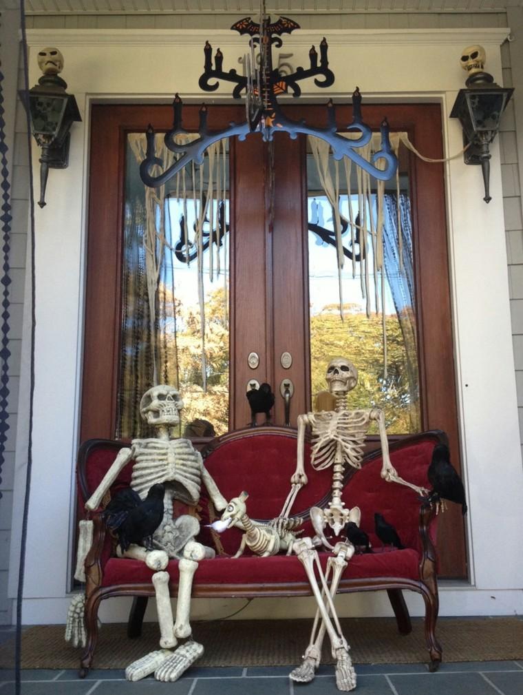 decoracion-de-las-puertas-de-casa-en-halloween-5